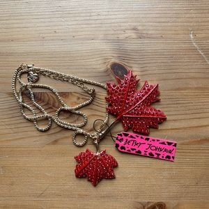 Betsey Johnson Necklace 2/$25